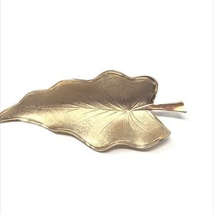 Vintage Brooch Leaf Gold Tone Costume Jewelry